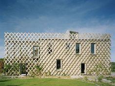 A very cool concept in Tham & Videgard Arkitekter's Garden House. tvark.se/garden-house/