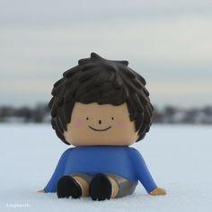 Ren sitting on the snow. #Ren #Treeson #toy #figure #winter #snow #frozen #BelleIsleMarsh