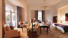 Four Seasons Hotel Gresham Palace, Budapest, Hungary. Command search in Amadeus: HLFSBUD