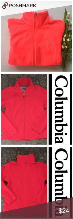 Columbia Interchange Hot Dot Omni-Heat Fleece Pink Columbia Interchange Omni-Heat Women's Fleece Jacket. Medium in Great condition!  Omni-Heat™ Thermal Reflective Hand Pockets Machine Washable                 This cozy fleece jacket is the perfect zip-up to keep in your closet year-round for when you want to snuggle up and get some extra warmth. Columbia Tops Sweatshirts & Hoodies