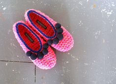 Pink Crochet Slippers With Felt Pom Pom OOAK by WhiteNoiseMaker