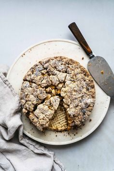 HONEY APPLE CRUMB CAKE (GLUTEN-AND-DAIRY-FREE) — dolly and oatmeal