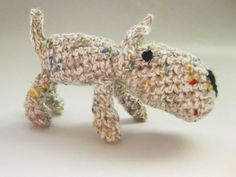 Beeble dog. Crochet micro dog with beads for eyes. 7-4cm