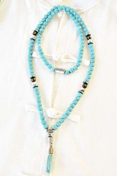 Mala 108 perles en turquoise Beaded Necklace, Beaded Bracelets, Turquoise, Jewelry, Conch, Natural Stones, Hand Made, Beads, Beaded Collar