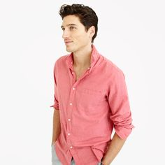 Medium Slim Secret Wash shirt in red heather poplin