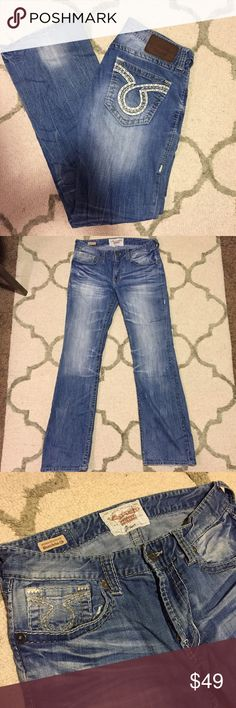 Men's Big Star Orion Jeans Big Star, Orion style men's jeans. In great condition with the exception of slight tattering at the hem. Size 34L. Retails for $98. I offer discounts on bundles! Big Star Jeans Bootcut