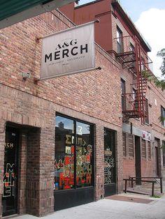 A & G Merch | Brooklyn - simple, changable blade signage
