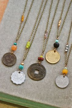 Bohemian coin necklace. charm necklace vintage por tiedupmemories