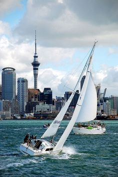 Great shot of Auckland, New Zealand CIty of Sail by geoftheref - I also shot the skyline with a boat, but it was less of a race: http://www.zigzagonearth.com/photographing-skyline-auckland/