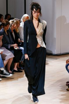 Yohji Yamamoto Spring 2015 Ready-to-Wear - Collection - Gallery - Look 46 - Style.com