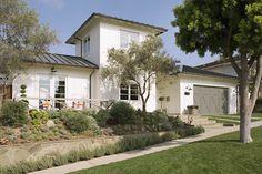 California farmhouse by Eric Olsen Design