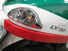 Vespa LX/LXV/S rear signal light chrome trim