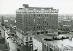 Springfield, Illinois. Abraham Lincoln Hotel 1964. Courtesy of Springfield Rewind and Sangamon Valley Archives.