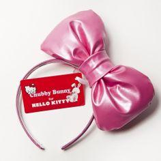 You can't go wrong wearing this PINK perfection . The  Hello Kitty Big Pink Bow !!     #SephoraHelloKitty