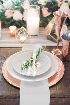 Gorgeous Geometric + Metallic Infused Nashville Wedding – Style Me Pretty