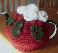 1000+ images about Knitted Cozies on Pinterest Tea cosies, Tea cozy and Tea...