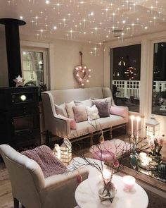 26 Wonderful Design Valentines Living Room - If you are wondering why people use living room curtains instead of the usual blinds, then here are some reasons. Blinds are more expensive; My Living Room, Living Room Decor, Living Spaces, Living Room Colors, Dream Rooms, Dream Bedroom, Style At Home, Home Design, Home Interior