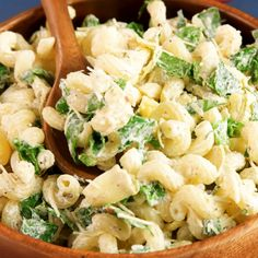 This easy Spinach Artichoke Pasta Salad is always the most popular side dish at parties and potlucks! If you like the classic spinach artichoke dip, you will love this easy pasta salad. Spinach Artichoke Pasta, Pasta Salad With Spinach, Easy Pasta Salad, Pasta Salad Recipes, Soup And Salad, Artichoke Dip, Pesto Pasta, Cooking Recipes, Healthy Recipes