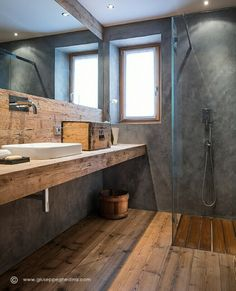 Concrete & rustic wood open shower #modern #bathroom