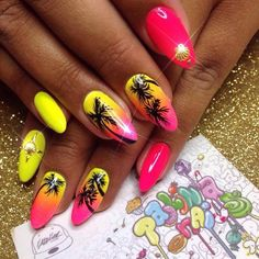 Make an original manicure for Valentine's Day - My Nails Gradient Nails, Neon Nails, My Nails, Cute Nails, Pretty Nails, Palm Tree Nails, Vacation Nails, Almond Acrylic Nails, Beach Nails