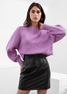 High Waisted Leather Skirt - Black - Leather skirts - & Other Stories Winter Fashion Outfits, Fashion Week, Fashion Models, Girl Fashion, Fall Outfits, Casual Outfits, Long Leather Skirt, Black Leather Skirts, Leather Trousers