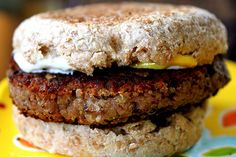 Roasted Quinoa Bean Burger, now i want to try this, I think it would be less fattening than the other one I pinned