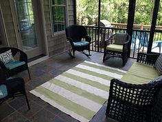 Easy and cheap DIY outdoor rug.uses a paint drop cloth & some acrylic paint Outdoor Flooring, Outdoor Rugs, Flooring Ideas, Outdoor Spaces, Diy Flooring, Outdoor Living, Painted Rug, Painted Canvas, Diy Canvas