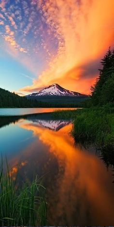 Sunset on Mt. Hood in Oregon (looking west) • photo: Rick Lundh on 121 Clicks