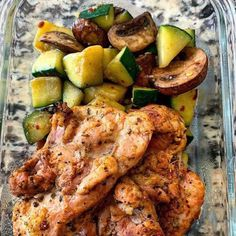 Greek Chicken Thighs with Sautéed Mushrooms and Zucchini 😍 Right before I ate this I sprinkled a bunch of feta cheese on top… next level yum! 😋 ⠀ Here's the recipe. ⬇️ ⠀ Instructions: Take 1 … Low Carb Recipes, Diet Recipes, Healthy Recipes, Healthy Meals, Healthy Options, Zucchini, Boneless Skinless Chicken Thighs, Stuffed Mushrooms, Stuffed Peppers