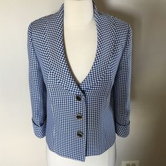 Tahari Fabulous jacket Size 12 NWOT ,Lightweight,dressy jacket makes any outfit. Tahari Jackets & Coats