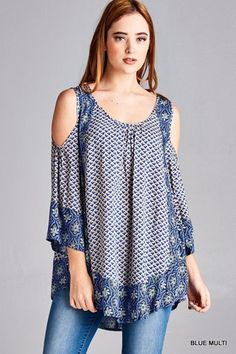 Print tunic top featuring open shoulders and wide sleeves