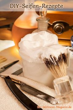 DIY Cosmetics Recipe: DIY shaving soap - it protects the skin from irritation and makes it smooth an Shaving Soap, Hacks Diy, Soap Making, Xmas Gifts, Homemade Gifts, Diy Beauty, Beauty Hacks, Perfume Bottles, Make It Yourself