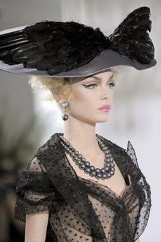 Couture Millinery Atelier.: Couture Fall 2009 - The Most Fabulous Hats Of The Season