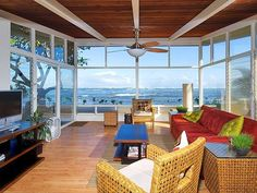 Haleiwa Vacation Rental - VRBO 182392 - 4 BR North Shore Oahu House in HI, Waialua Honu Hale - Spectacular Beachfront Home!