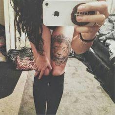 Daring Lion Tattoo Designs for Men and Women - Beste Tattoo Ideen Compass Tattoo, Arm Tattoo, Lion Tattoo On Thigh, Tattoos For Women On Thigh, Piercing Tattoo, Tattoos For Guys, Sleeve Tattoos, Piercings, Thigh Tattoos