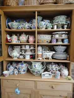 Emma Bridgewater Mixed Dresser (Emma Bridgewater Official Facebook Page)
