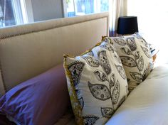 DIY headboard with linen and nailheads Diy Fabric Headboard, Nailhead Headboard, How To Make Headboard, Diy Headboards, Floating Headboard, Headboard With Lights, Do It Yourself Inspiration, Home Decor Inspiration, Furniture Projects