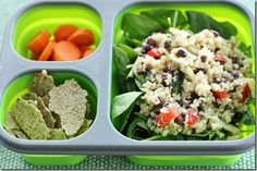 This looks like my kind of lunch.  Quick n' easy quinoa salad and zucchini almond cracker #vegan lunchbox