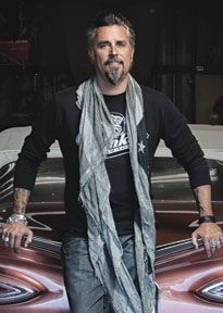 Richard Rawlings - Gas Monkey Garage. This is one of my favorite shows! And he's not bad looking either