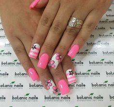 love my pins? 💎 𝐟 𝐨 𝐥 𝐥 𝐨 𝐰 𝐦 𝐞 - White Acrylic Nails - Pink Nail Art, Pink Nails, Fancy Nails, Pretty Nails, Nail Polish Designs, Nail Art Designs, Soring Nails, Hot Nails, Fabulous Nails