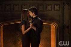 "The Vampire Diaries -- ""My Brother's Keeper"" -- Pictured (L-R): Nina Dobrev as Elena and Ian Somerhalder as Damon -- Photo: Bob Mahoney/The CW -- Image Number: VD407b_0367r.jpg --  © 2012 The CW Network, LLC. All rights reserved."