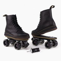 Doc Martens have been in style for almost 60 years, discover what made them so popular. We also discuss how to wear them in style! Dr. Martens, Red Doc Martens, Doc Martens Style, Doc Martens Outfit, Doc Martens Boots, Cute Shoes, Me Too Shoes, Roller Skate Shoes, Galaxy Converse
