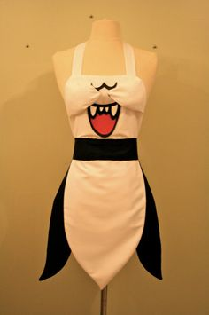 Boo - Super Mario Apron. Oh my God I want this. Hell I don't eve cook and I really want this