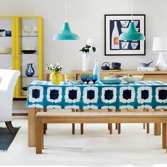 Dining room with statement tablecloth | Dining room decorating | Ideal Home | Housetohome.co.uk