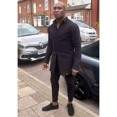 Man like @smiley._1 came through and got himself customised bespoke version of 1 of our house style shirts. He decided to have a double sided zip and a slightly longer length. Accompanied with the super slim cropped trousers. Yes he is happy  . . . . . . . . karlusg-tailor.co.uk Fabric @fancysilk.store #black #cotton #shirt #trousers #model #Blackman #highfashion #photography #happy #partytime #fitness #boxer #gymguy #security #ootd #casual #sportswear #swag #blackonblack #ebony #essence… Gym Guys, Bespoke Suit, Cropped Trousers, Black Cotton, Black Men, Casual Wear, Shirt Style, Custom Made, High Fashion