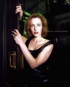 Gillian Anderson News Dana Scully, Gillian Anderson David Duchovny, David And Gillian, Shirley Manson, Manequin, Chris Carter, Quites, Celebs, Rolodex