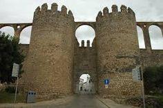Resultado de imagem para gravuras dos castelos e monumentos de Évora e Beja