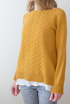 ravelry Line of Shapes Knitting pattern by Suvi Simola Christmas Knitting Patterns, Sweater Knitting Patterns, Arm Knitting, Knit Patterns, Knitting Sweaters, Ravelry, Baby Pullover, Universal Yarn, Lang Yarns