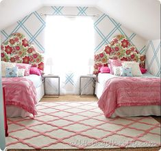 Pink and Turquoise Plaid Bedroom- love everything except the painted wall. Too much for my taste.