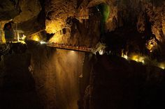 Grutas de Škocjan  003 by Sitomon, via Flickr
